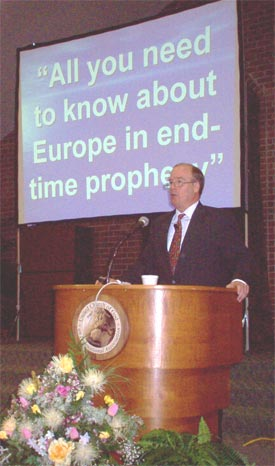 Paul Kieffer speaking at WNP seminar